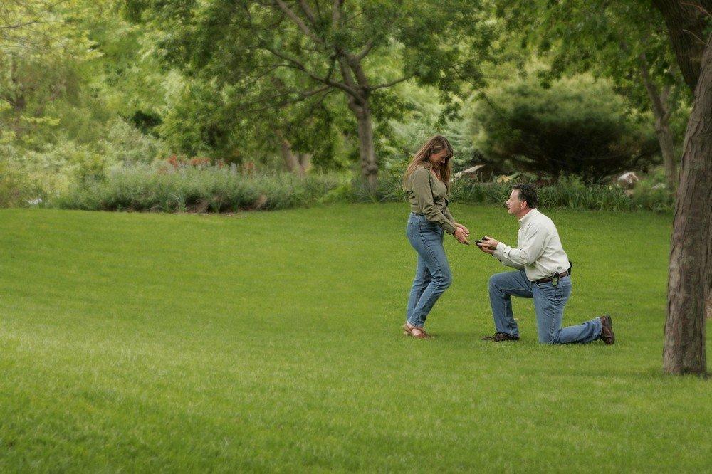 Doe perfect aanzoek dankzij de juiste verlovingsring